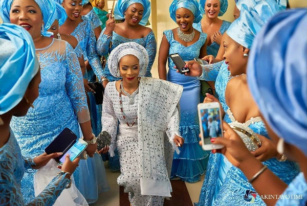 Nigerian Traditional Bride and Aso Ebi Ladies Akintayotimi LoveWeddingsNG 1