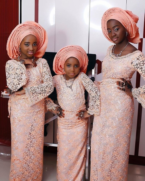 Nigerian Traditional Bride and Aso Ebi Sisters of the Bride LoveWeddingsNG