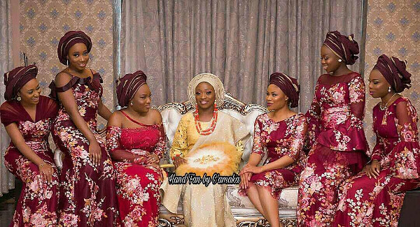 The different types of traditional bridal hand fans you should know | C'amaka Bespoke Pieces