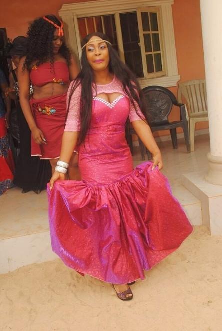 Tchidi Chikere weds Nuella Njubigbo Loveweddingsng2