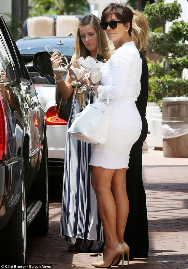 Kim Kardashian Bridal Shower Loveweddingsng - Kris Jenner1
