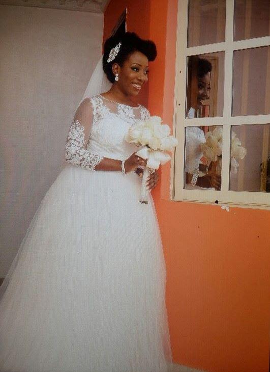 Loveweddingsng Sisi Yemmie and Bobo White Wedding