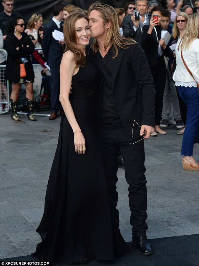 Brad Pitt Angelina Jolie Married Loveweddingsng10