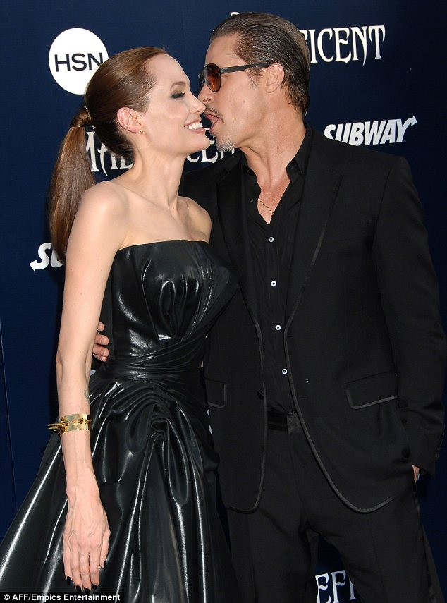 Brad Pitt Angelina Jolie Married Loveweddingsng12