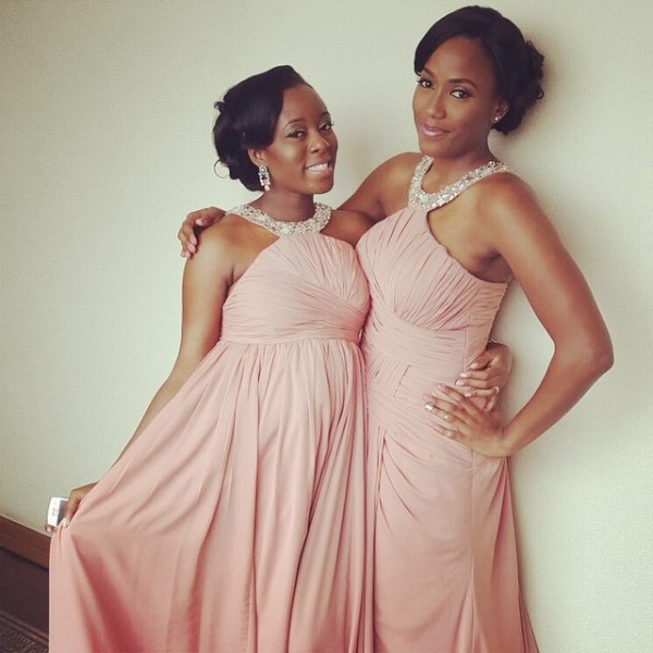 Dr Sid Simi Osomo White Wedding Loveweddingsng - Bridesmaids Tade and Kariba