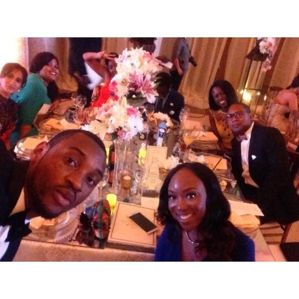 Dr Sid Simi Osomo White Wedding Loveweddingsng - Table Selfie