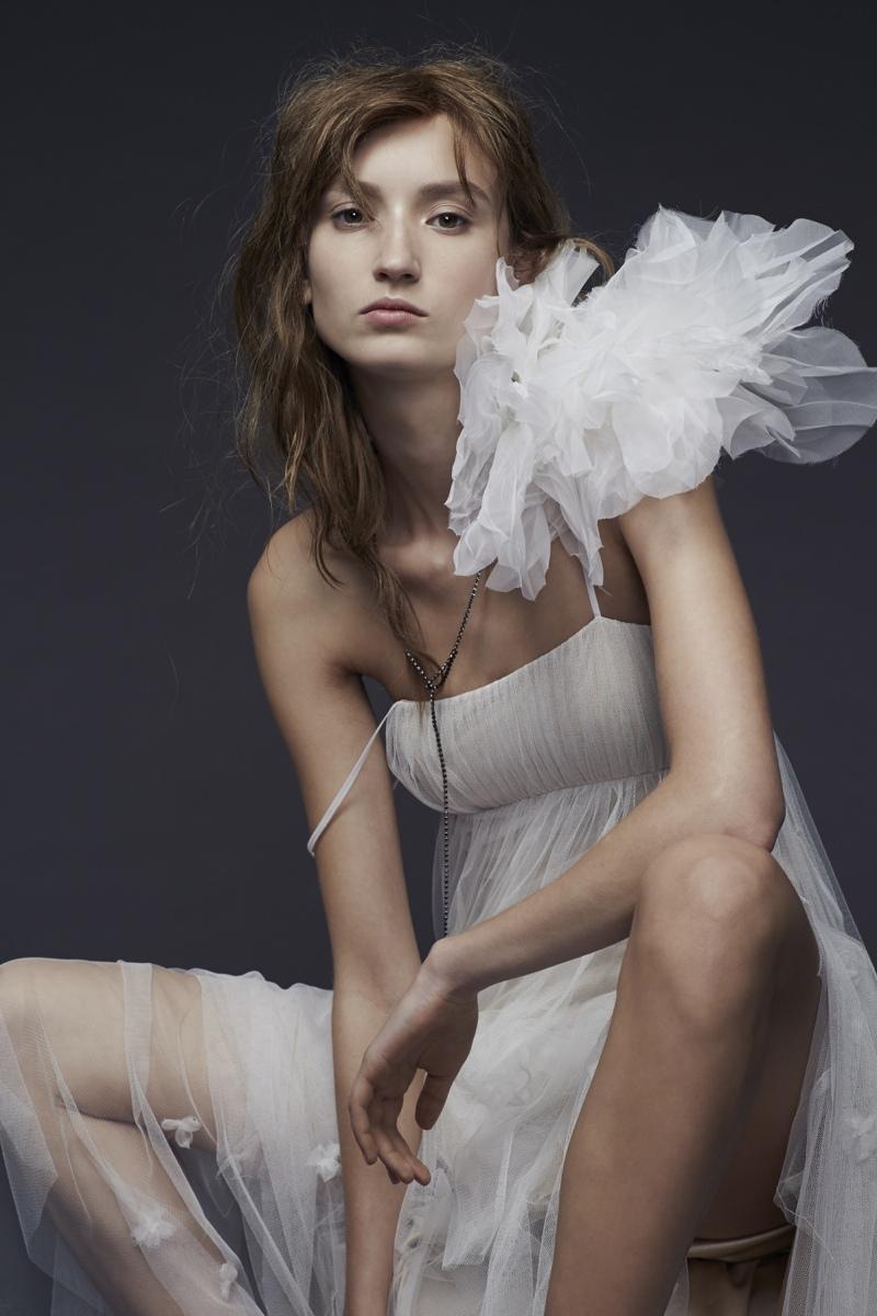 Vera Wang Bride Fall 2015 Collection Loveweddingsng10