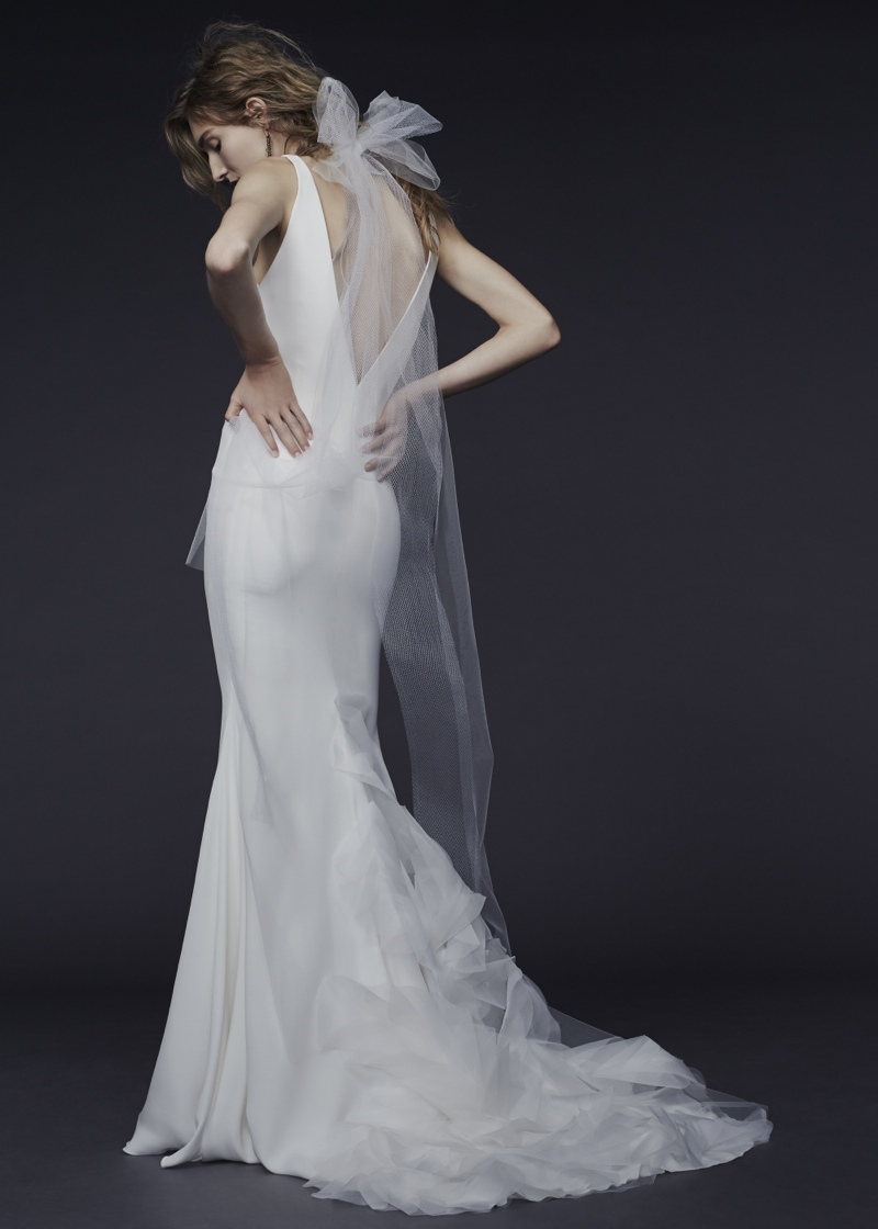 Vera Wang Bride Fall 2015 Collection Loveweddingsng12