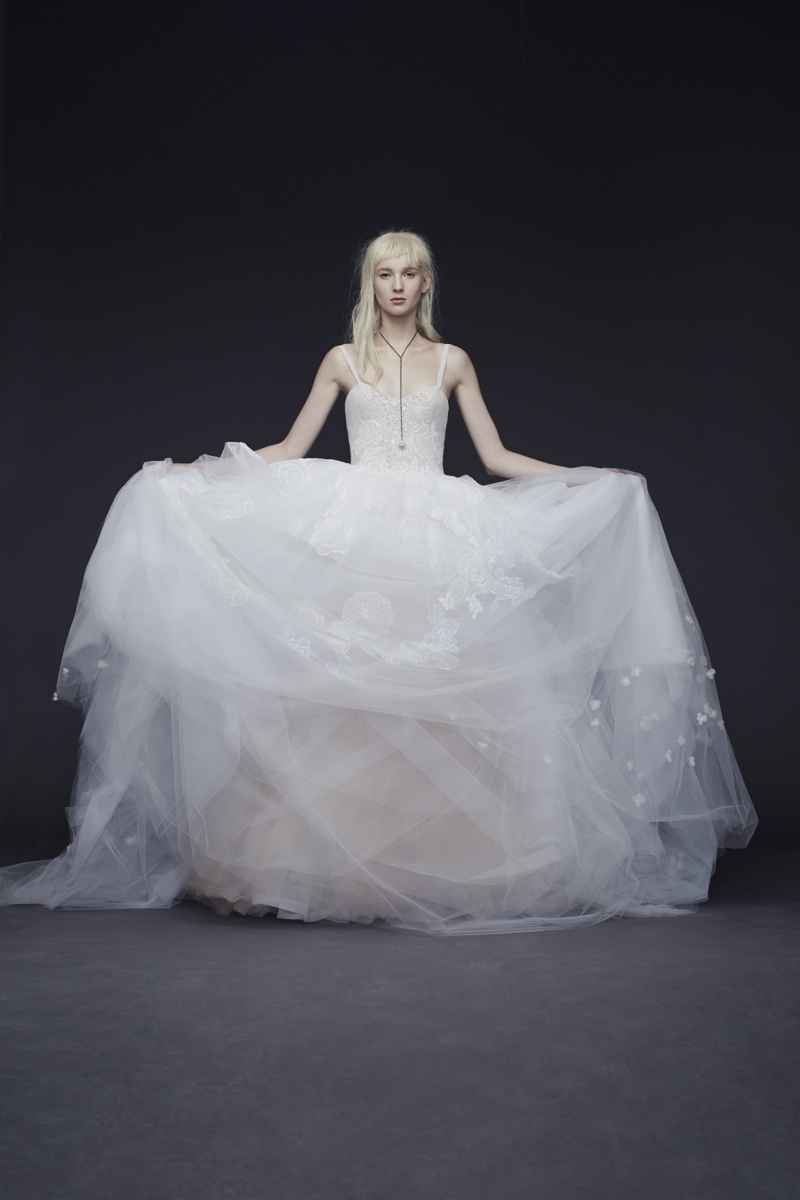 Vera Wang Bride Fall 2015 Collection Loveweddingsng3