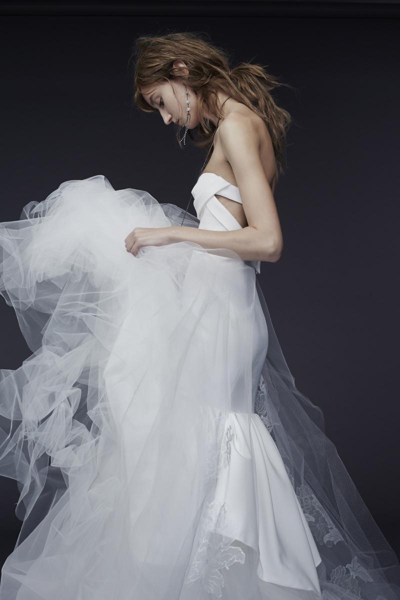 Vera Wang Bride Fall 2015 Collection Loveweddingsng7