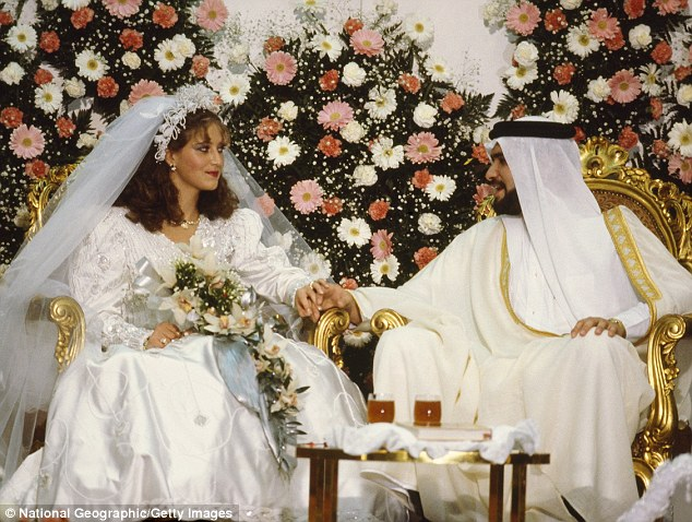 Saudi husband tells his bride he wants a divorce during their wedding