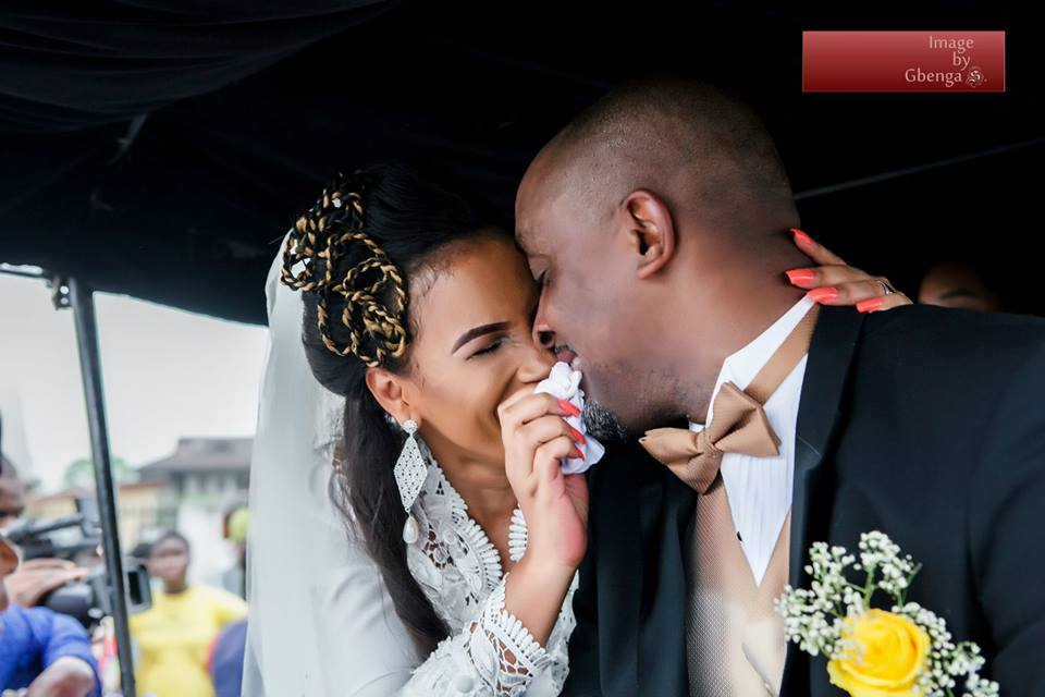 Ibinabo Fiberesimas White Wedding LoveweddingsNG8