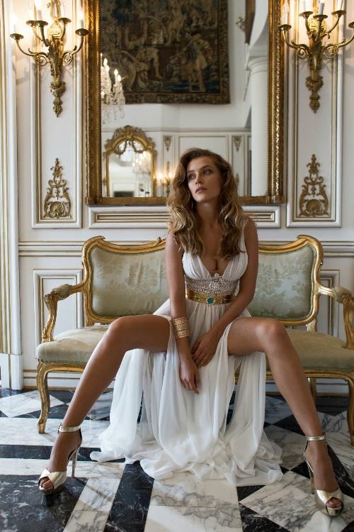 Julie Vino 2015 Provence Collection LoveweddingsNG1