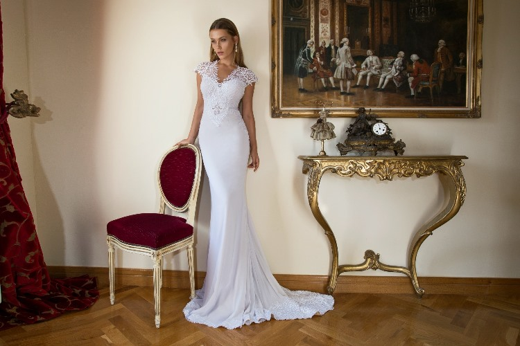Julie Vino 2015 Provence Collection LoveweddingsNG22