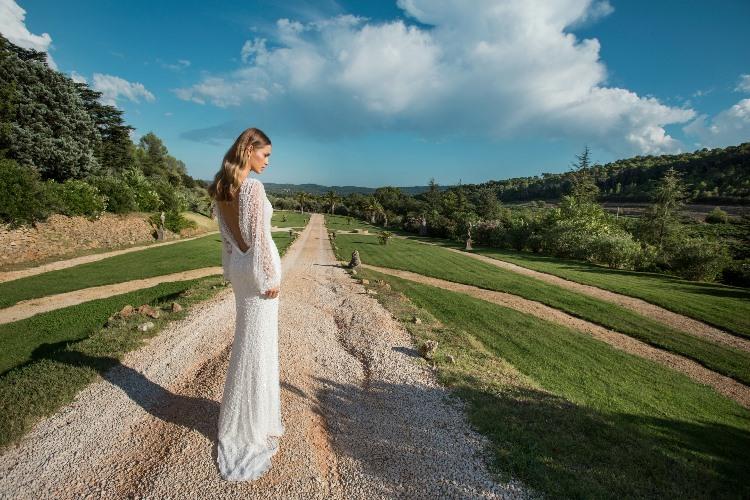 Julie Vino 2015 Provence Collection LoveweddingsNG8