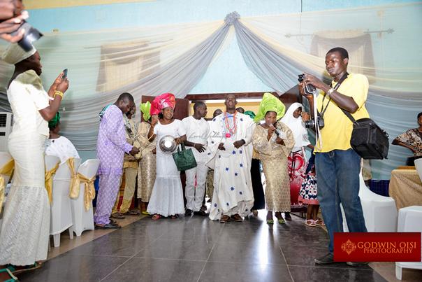 LoveweddingsNG Traditional Wedding Folusho and Temitope Godwin Oisi Photography9