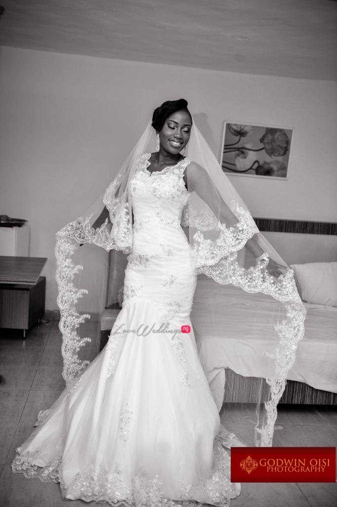 LoveweddingsNG White Wedding Folusho and Temitope Godwin Oisi Photography39