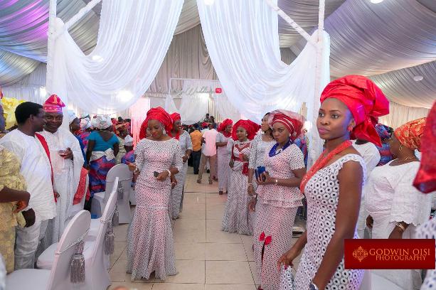 LoveweddingsNG Mope and Femi White Wedding Godwin Oisi Photography18