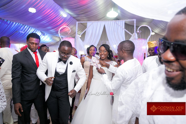 LoveweddingsNG Mope and Femi White Wedding Godwin Oisi Photography23