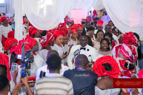 LoveweddingsNG Mope and Femi White Wedding Godwin Oisi Photography24