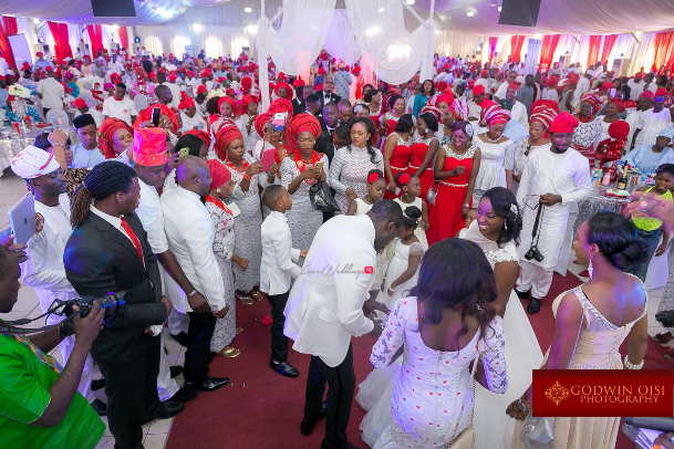 LoveweddingsNG Mope and Femi White Wedding Godwin Oisi Photography26