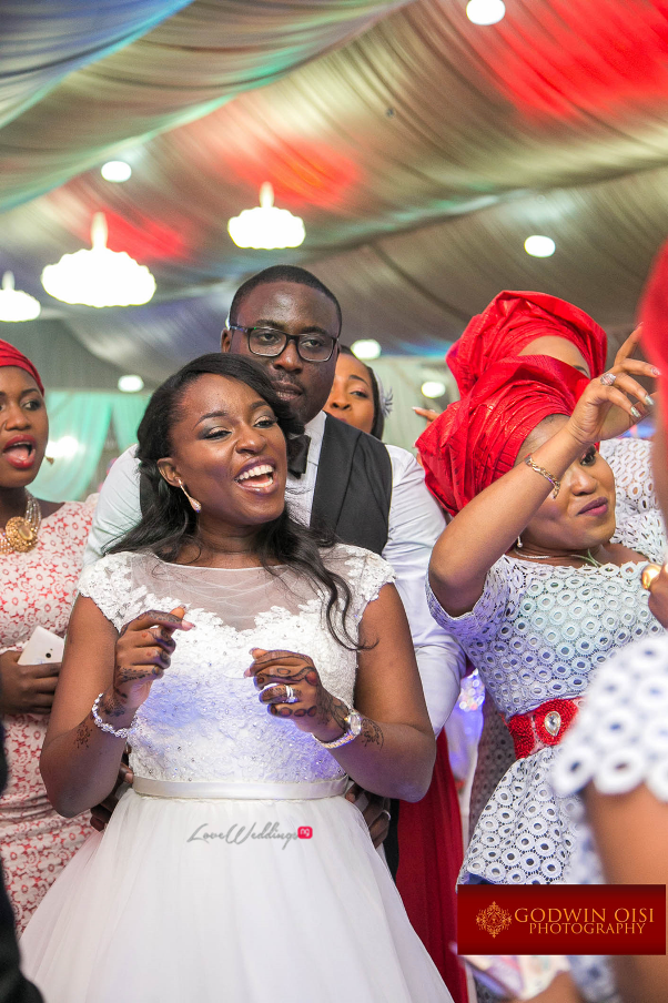 LoveweddingsNG Mope and Femi White Wedding Godwin Oisi Photography45