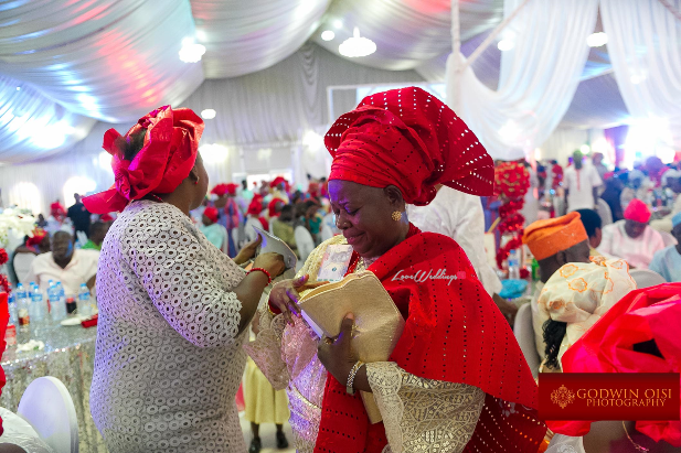 LoveweddingsNG Mope and Femi White Wedding Godwin Oisi Photography55