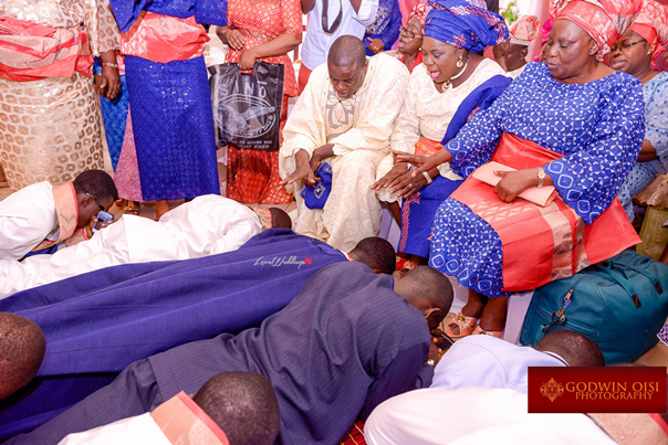 LoveweddingsNG Traditional Wedding Moradeyo and Olamidun Godwin Oisi Photography14