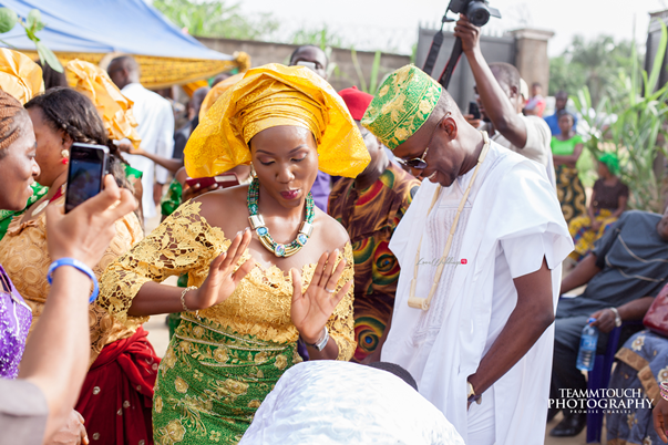LoveweddingsNG Nigerian Traditional Wedding - Mary-anne and Onyedinma17
