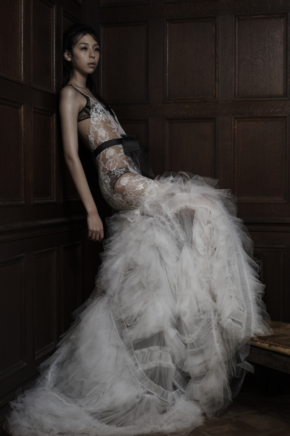 Vera Wang Spring 2016 Collection - Hotel Madrid LoveweddingsNG1