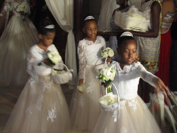 Osi Umenyiora weds Leila Lopes LoveweddingsNG4