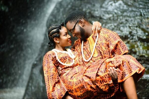Nigerian Traditional Prewedding Shoot - The Debola Styles LoveweddingsNG4
