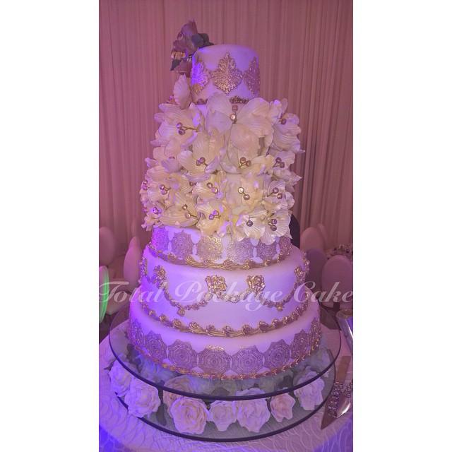 Uche Okonkwo and Kachi Asugha Traditional Wedding LoveweddingsNG - Wedding Cake