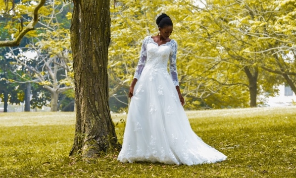 Elizabeth & Lace Bridal presents a Fairytale Themed Photo Shoot