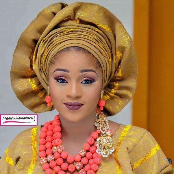 Aso Oke Head to Toe Nigerian Traditional Bride LoveweddingsNG 10