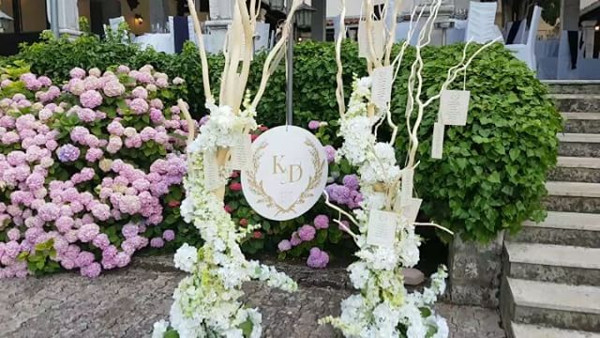 Kandi weds Dele #Kandele Destination Wedding Croatia Decor LoveweddingsNG