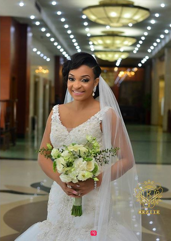 Nigerian Wedding Chidinma and Chuka #DimmyChu16 LoveweddingsNG Bride Bouquet 3