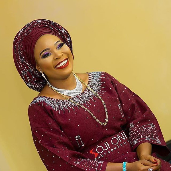 Nigerian Wine Embellished Aso Oke Head to Toe Bridal Inspiration LoveweddingsNG Soji Oni Photography