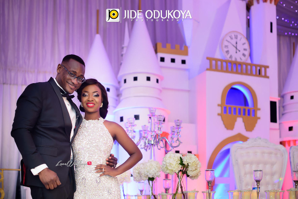 "Official Photos from Kunbi Oyelese & Lanre Tomori's ""Cindarella-Themed"" White Wedding in Lagos"