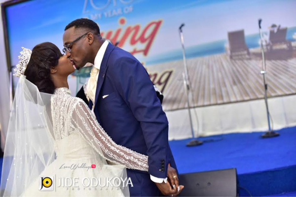 Nigerian Bride and Groom First Kiss Kunbi Oyelese of April by Kunbi Lanre Tomori Wedding Pictures LoveweddingsNG