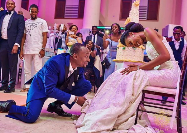 Nigerian Wedding Bride and Groom Garter Obiageli and Chiedu Keziie LoveweddingsNG