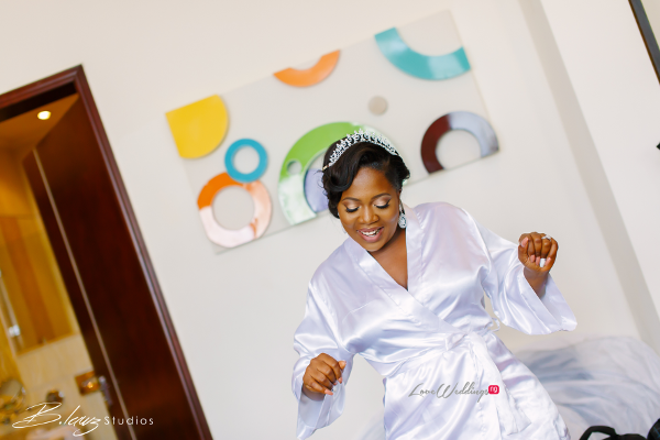 nigerian-bride-in-robe-tito-and-aham-ibeleme-wedding-b-lawz-studios-loveweddingsng