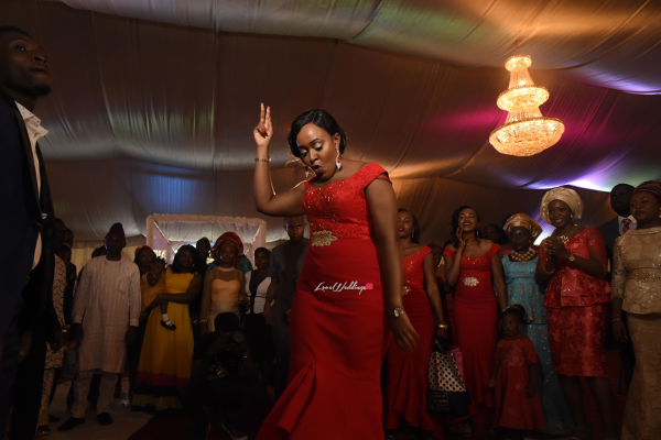 nigerian-bridesmaid-dancing-moji-and-fola-loveweddingsng