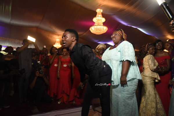 nigerian-wedding-guest-dancing-moji-and-fola-loveweddingsng-1