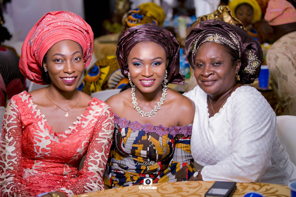 nigerian-wedding-guests-moji-and-fola-loveweddingsng