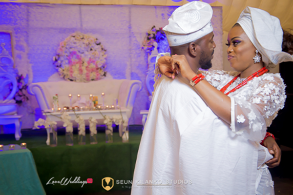 nigerian-traditional-bride-and-groom-awele-and-ademola-seun-kilanko-studios-loveweddingsng-4