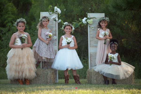 country-wedding-shoot-monbebe-lagos-flower-girl-little-bride-loveweddingsng-1