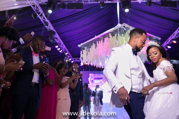 nigerian-bride-and-groom-dance-frank-and-maureen-dubai-destination-wedding-jide-kola-loveweddingsng-1