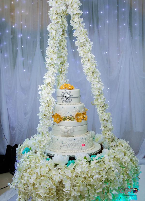 nigerian-wedding-suspended-cake-nkem-and-lanre-events-pro-loveweddingsng-1