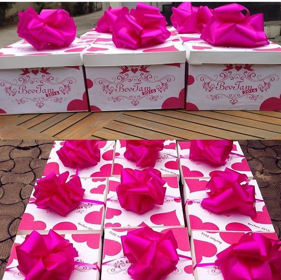 gifts-for-your-bridesmaids-and-groomsmen-gift-boxes-loveweddingsng